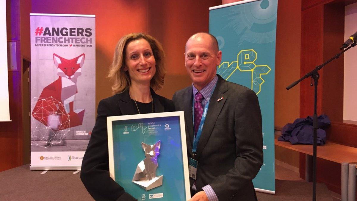 French Tech remise de prix à Sandrine Charpentier