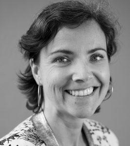 Charlotte Laigo Mouiche coach management